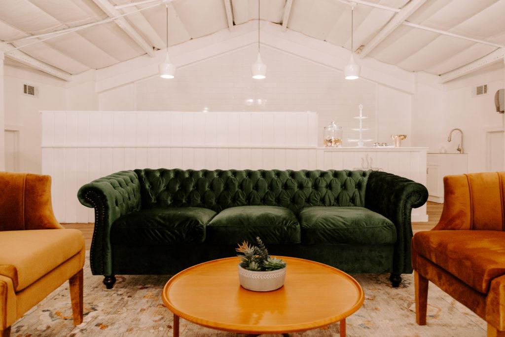 Couch in loft area of Majestic Oaks
